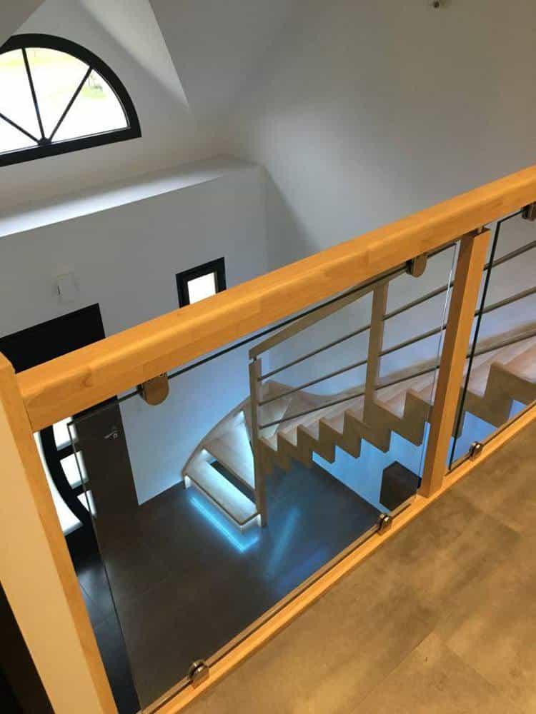 Styl'escalier : Gamme création : escalier à limon domino avec LED