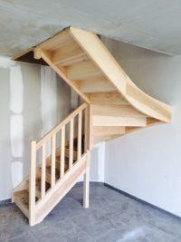 Gamme essentielle, Escalier frene, rampe fuseau bois